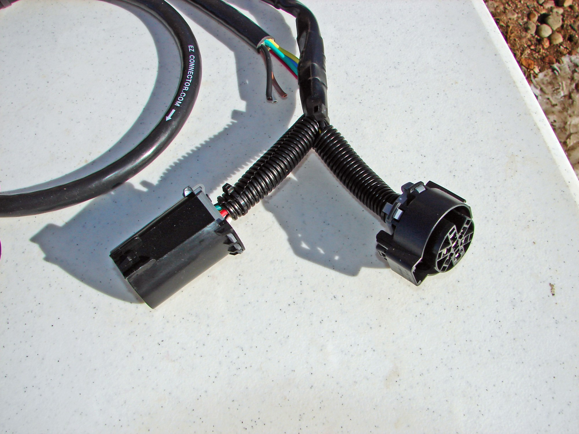 hight resolution of a sealant is injected into the wire harness