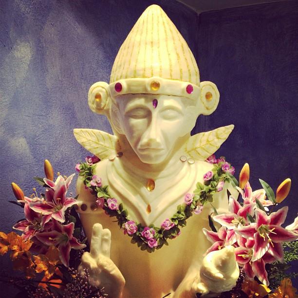 20121213 Dinner monkey