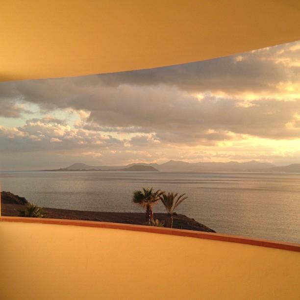 20121213 Los Lobos Island