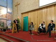 Panel discussion: Paul CLARK (MC), Lisa ANDERSON, Colin DAVIDSON, and Niall KERR (c) Allan LEONARD @MrUlster`