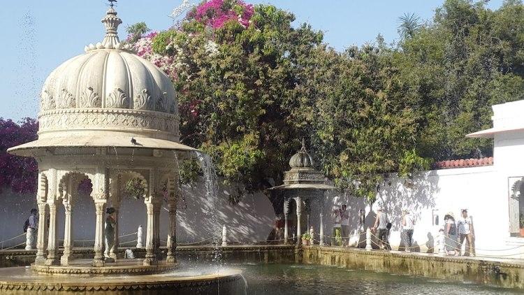 Bin Badal Barsaat Fountain