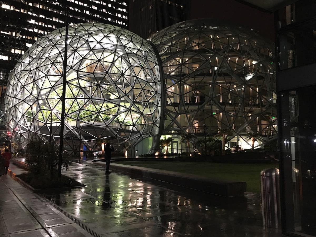 spheres in night IMG_7699.jpg