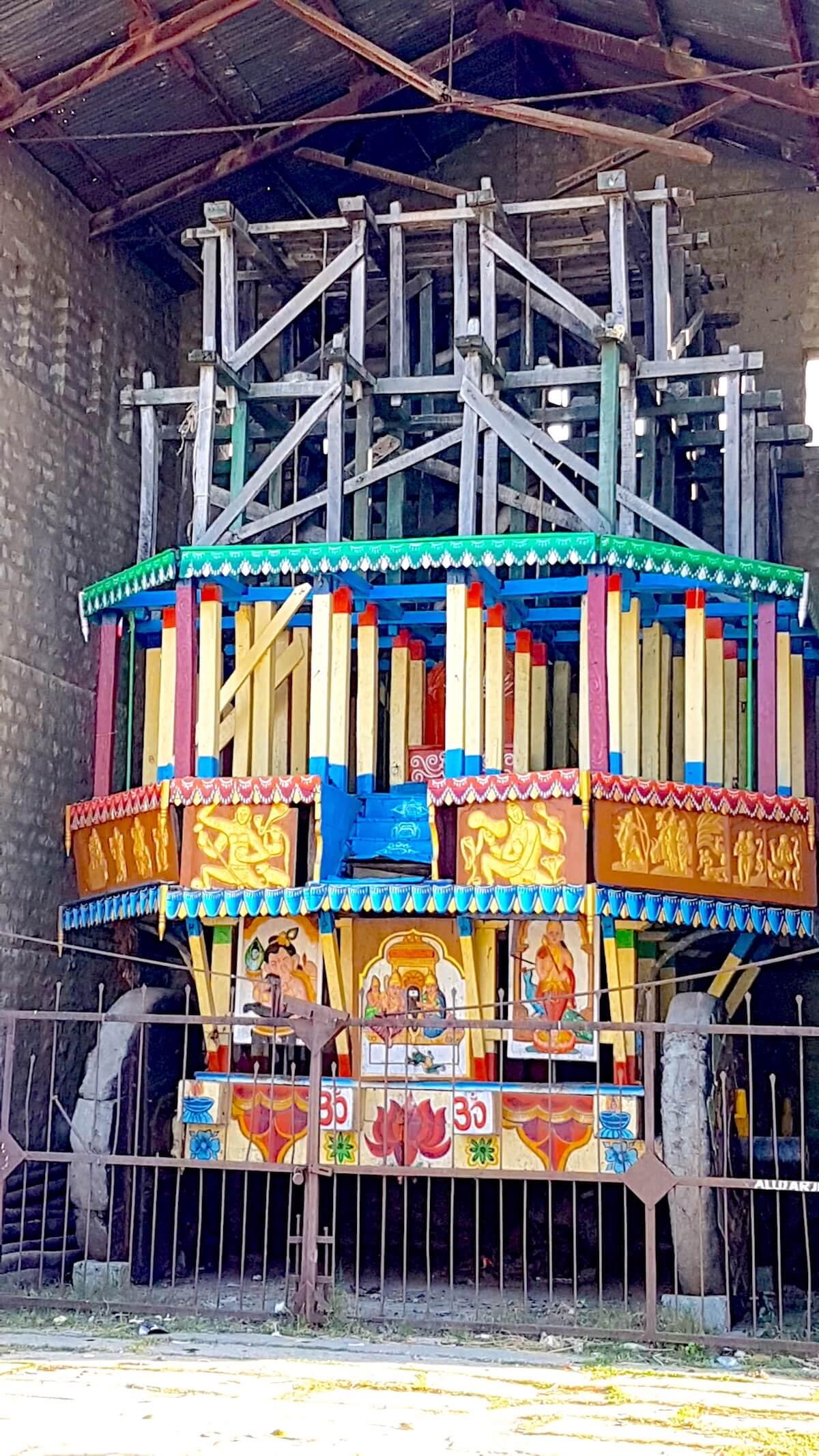 A closer look at the chariot from Ramalingeshwara temple