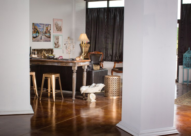 Melanie Runsick Photography Studio interior