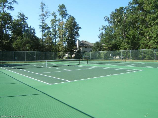 Tennis Courts in Berkeleys Green