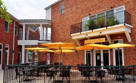 Center Street Grill in New Town