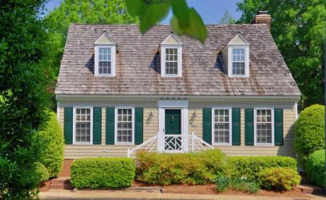 detached home in Counselors Close Williamsburg VA