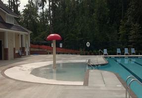 zero entry splash area at new town pool