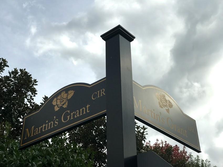 martings grant sign