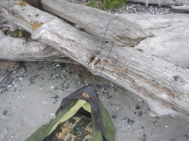 Unfortunately I forgot the pole for the top part of my bivvy sack so I had to improvise with a trusty piece of driftwood. It worked just fine.