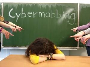 Was ist Internet-Mobbing und wie gefährlich ist es?
