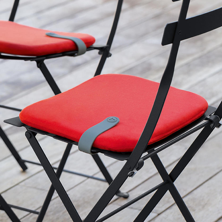 buy colourful outdoor seat cushions for bistro chairs by fermob bistro the worm that turned revitalising your outdoor space