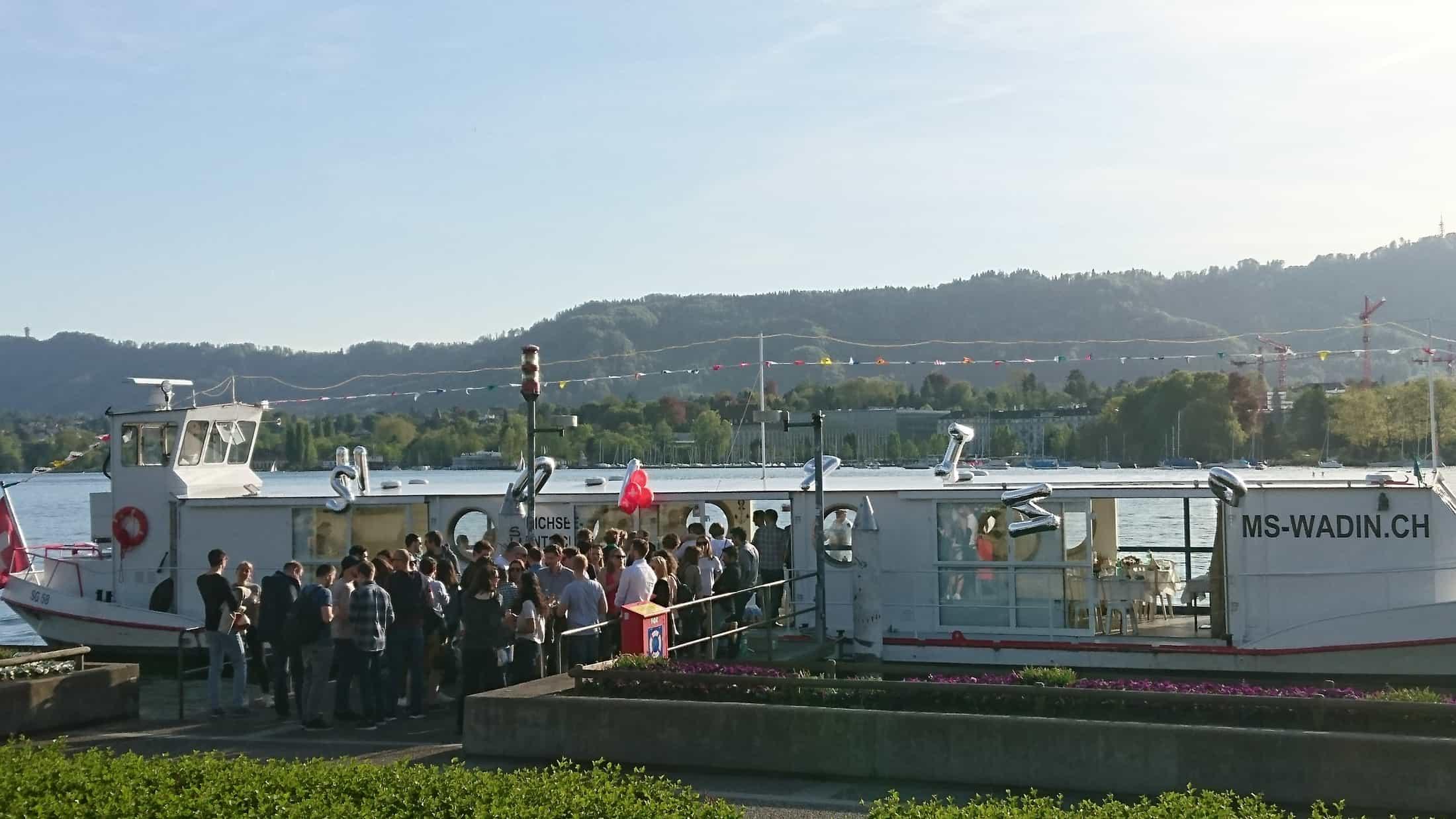 Impressionen  MS Wadin Zuerichsee Partyschiff Eventschiff Fondueschiff Zuerich Fonduerestaurant