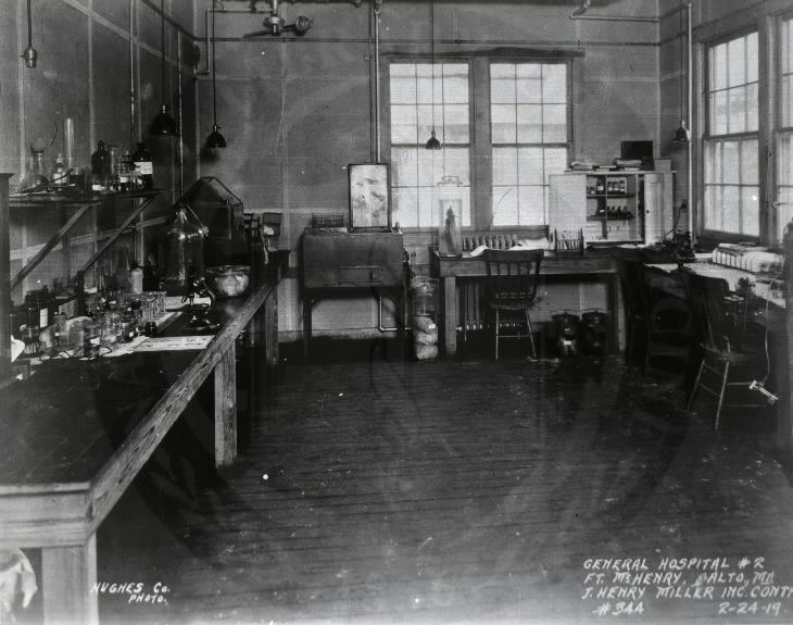 U.S. Army. General Hospital No. 2, Fort McHenry, Baltimore : Laboratory. Images from the History of Medicine Collection. National Library of Medicine, History of Medicine Division