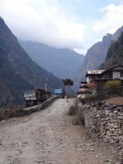 Day 5 Danakyu to Dhukur Pokhari 029