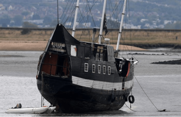 pirate-ship-at-faversham-creek