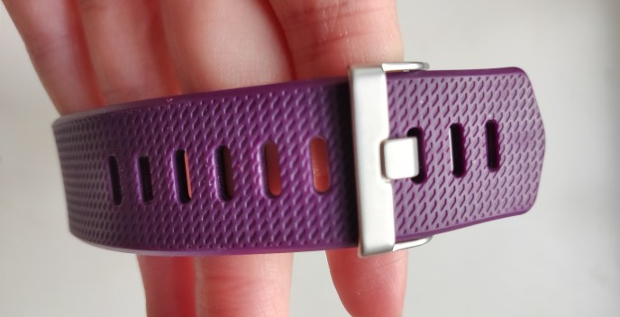 Fitbit Charge 2 Purple Buckle Close
