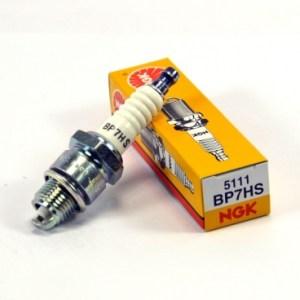 Свеча зажигания для 4-т двигателя NGK BP7HS