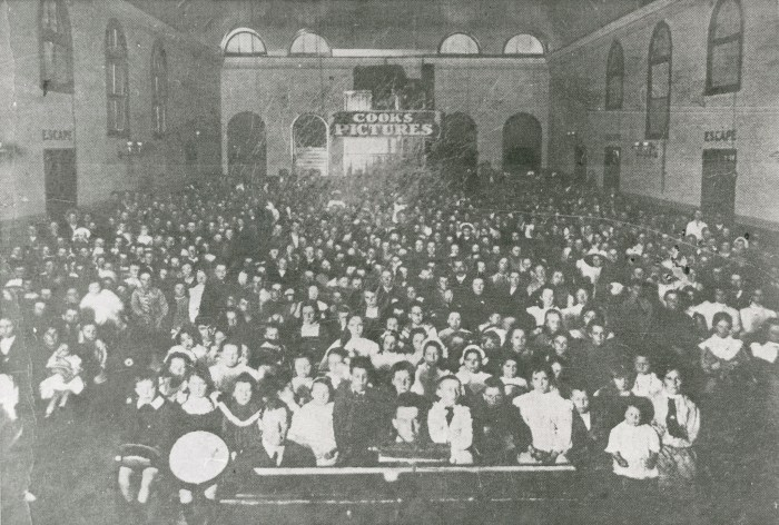 Crowd at Cook's Pictures Palace, Brisbane c.1910
