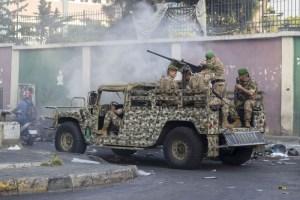 مقتل جندي لبناني جراء هجمات على مواقع عسكرية شرقي البلاد