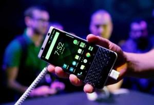 وداع بلا دموع لبلاكبيري أول الهواتف الذكية