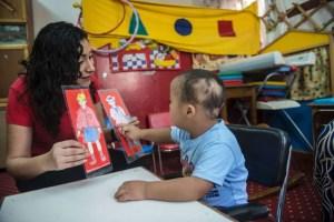 أين تضع الأسر التونسية أبناءها من ذوي الاحتياجات الخاصة