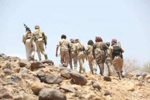هجمات حوثية متعددة لاستثمار ارتباك القوات اليمنية