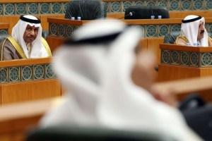 التجاذبات الداخلية وغياب التجانس تفرض استقالة الحكومة الكويتية