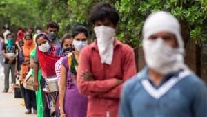 الهند.. الإصابات اليومية بفيروس كورونا تعاود ارتفاعها