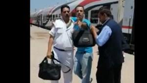 مصر.. فيديو لضرب أمين شرطة بشكل مبرح يثير ضجة في البلاد