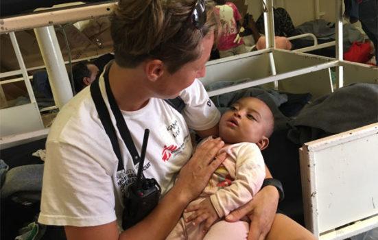 Abobak er seks måneder gammel og er netop blevet reddet af Læger uden Grænser på Middelhavet