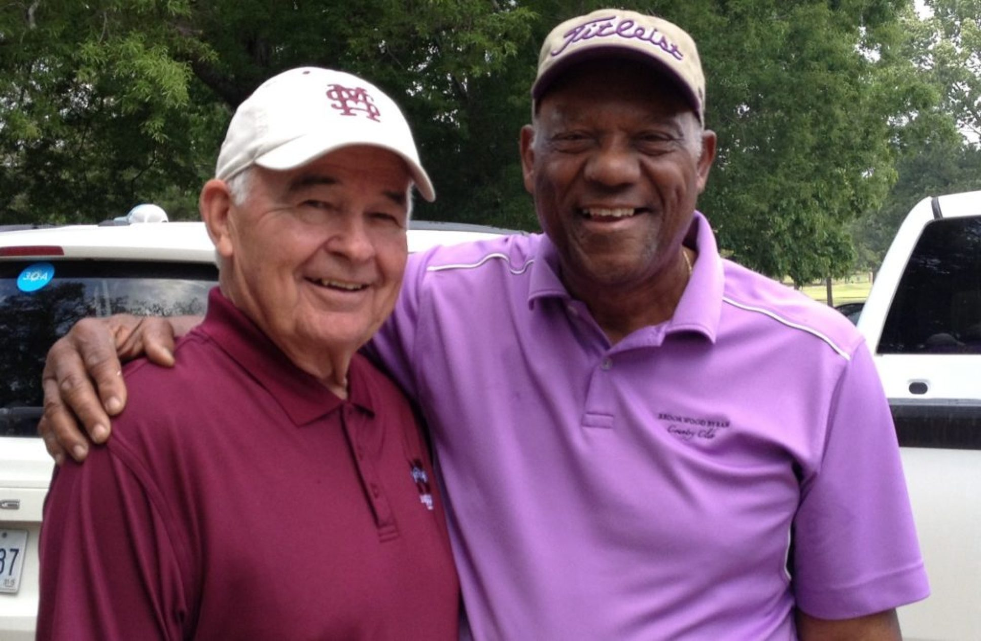 \Willie Richardson, right, with fellow Hall of Famer Doug Hutton at the 2015 Kent Hull Golf Tournament. Mississippi's greatest.