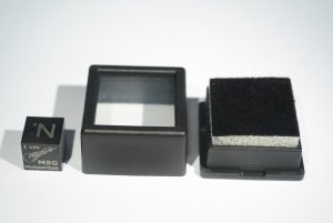 Small square boxes (5)