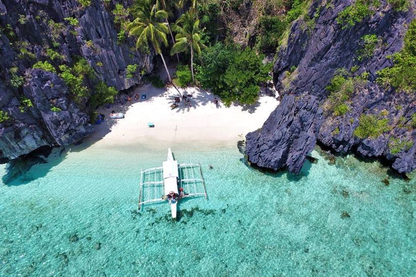PHILIPPINES: Explore beautiful spots such as beaches and more in Philippines