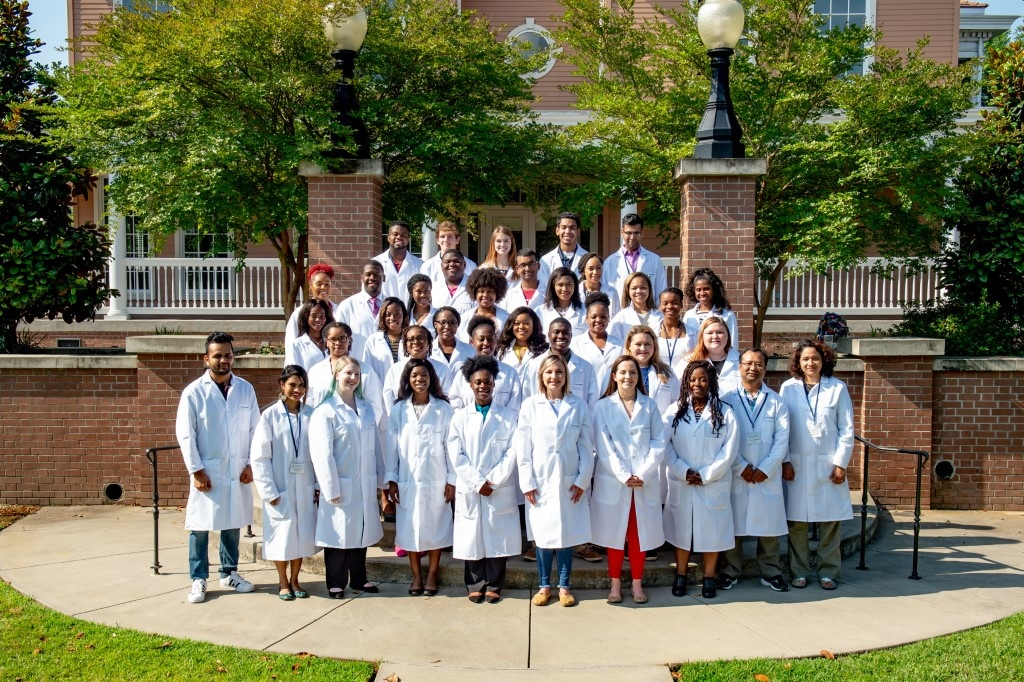 Mississippi INBRE Research Scholars Complete Biomedical Research Training Camp