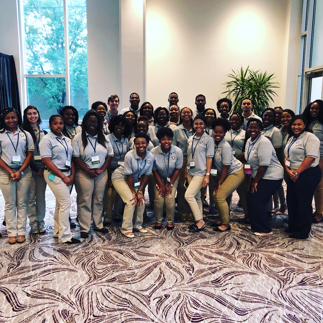 Mississippi INBRE Service Scholars Complete Two Week Training Camp