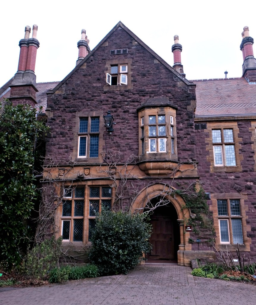 Picture of The Holmes House.  48 hours in clifton itinerary.