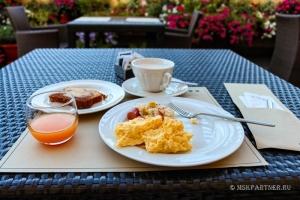 Завтрак в отеле Una Napoli