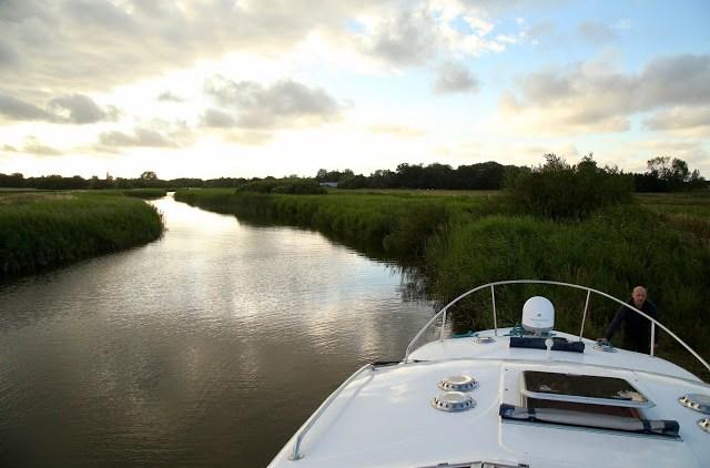 Boating on the Norfolk broads, pic: Kerstin Rodgers/msmarmitelover.com