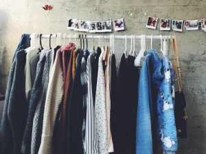 Kleidung - Unsplash Shanna Camilleri