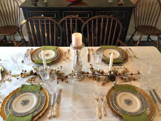 holiday table setting idea