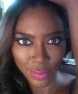 Kenya Moore a
