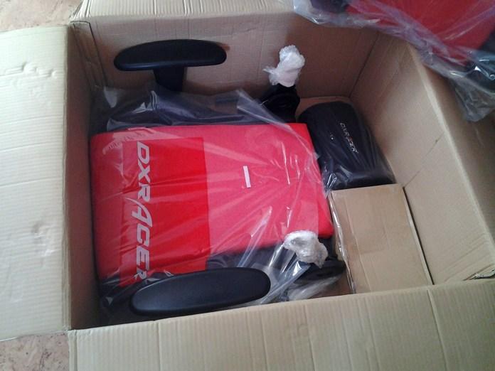 dxracer unboxing d01