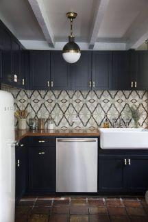 navy-cabinet-kitchen