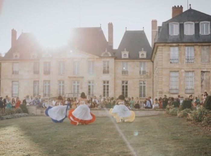 Danseuse malgaches mariage en château