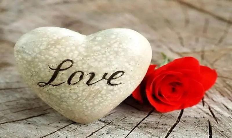 صور حب رومانسية للعشاق 2019 واحلى كلام حب مكتوب عليها موقع