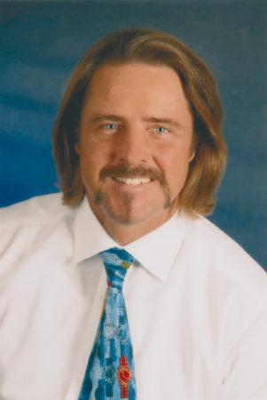 Michael Stiefenhofer Trauerredner, Festredner, Buchautor, Grabpflege, Gartenpfelge, Trauerbewältigung, Trauerbegleitung, Hausmeisterservice