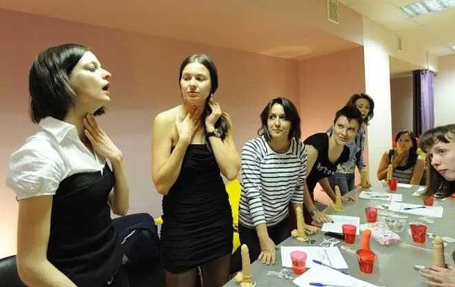 18禁:俄羅斯為美女培訓【口交技能 】 情場如戰場!