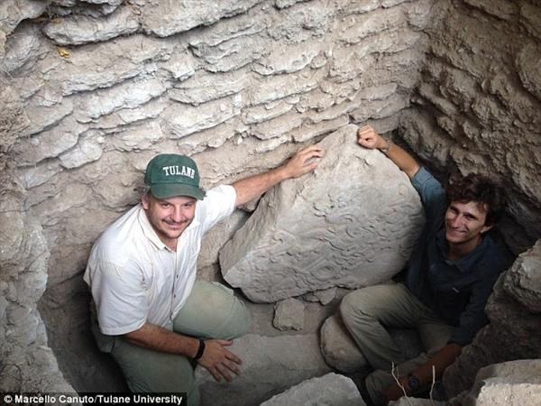 科學家新發現瑪雅神秘石碑:距今已1600年