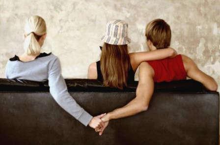為什麼你的老公/男朋友會出軌?